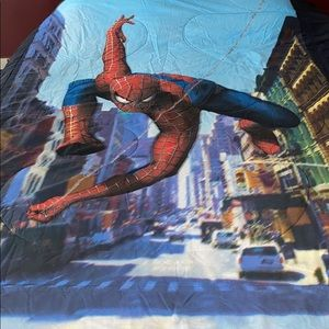 Spider man comforter. Twin size